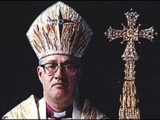 10757-Archbishop_George_Leonard_Carey_bio