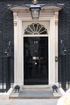 10_Downing_Street_door